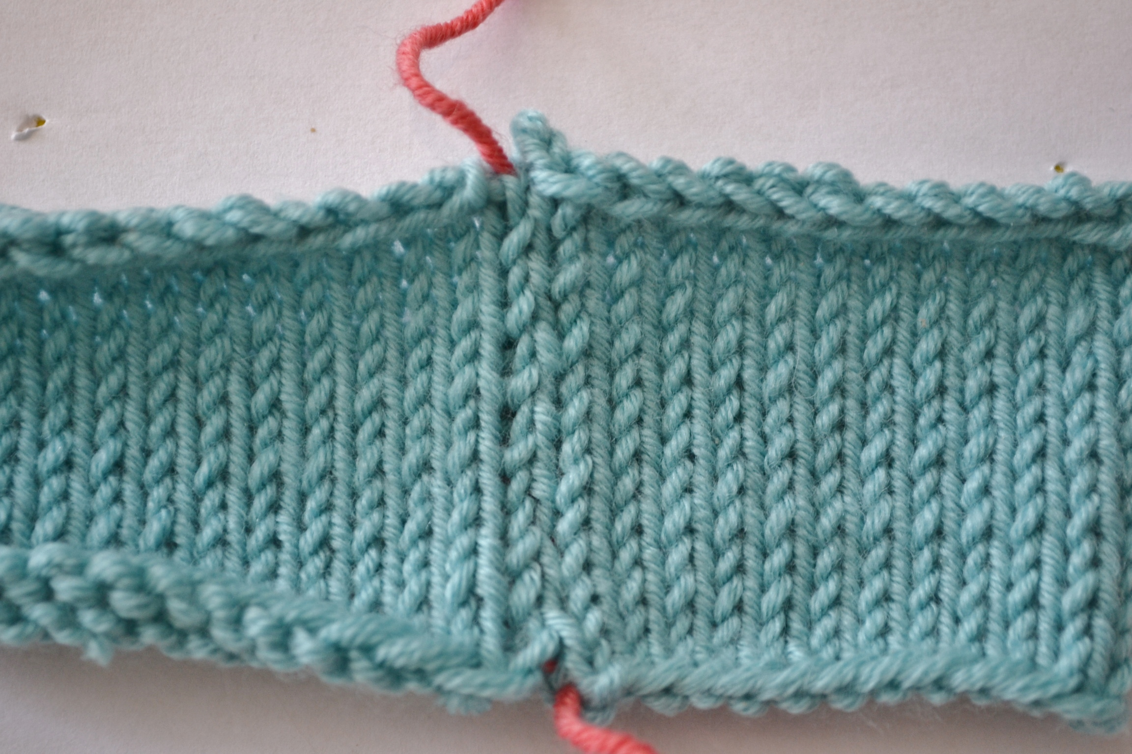 Knitting Edge Stitch For Seaming : How to sew invisible vertical seams in knitting with