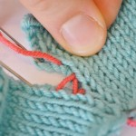 How to Sew Invisible Vertical Seams in Knitting with Mattress Stitch