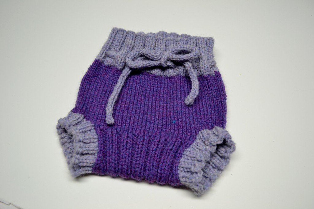 Baby soaker pattern in the Super Adorable Baby Knitting Class by Amanda Schwabe. www.aknitica.com